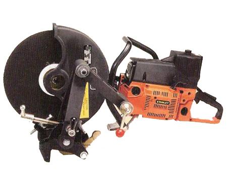 HC355型内燃锯轨机