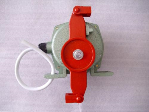 BFL-LA302拉绳开关(铝锌压铸)